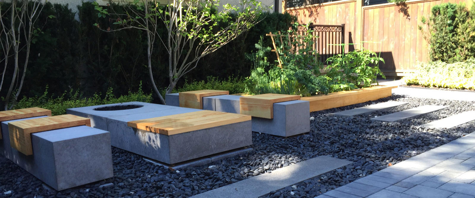 landscaping contractors vancouver, commercial lawn maintenance companies vancouver